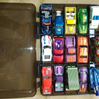 Jual Hot Wheels Loose Free Carry Case Buat kado Anak Murah