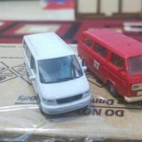 Miniatur mobil skala 1:87/ skala HO (merah sold)