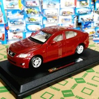 bburago lexus IS 350 1/24 obral