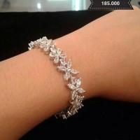 Gelang - Flowery diamonds bracelet