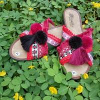 Pompom Sandal / Sendal Pompom / Pompom / Pompom Sandal / Flat Sandal