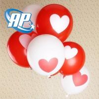 Balon motif hati putih