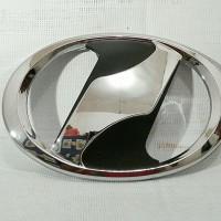 Emblem Logo Toyota Calya / Sigra Model Vellfire Hitam Crome