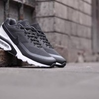 Nike Air Max BW Ultra - Black/White (819475 001)