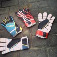 harga Sarung Tangan Kiper /glove Mitre Malua Tokopedia.com