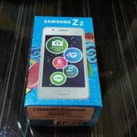 SAMSUNG GALAXY Z2 SM-Z200 (Ram 1Gb/ Internal 8 Gb) Garansi Resmi