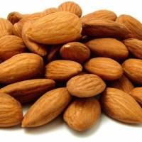 Jual kacang almond panggang kupas/kacang almond kupas original Murah