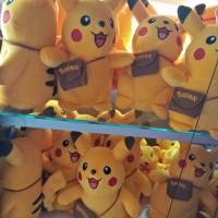 boneka pokemon ada tas nya. uk 15*20cm