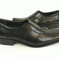 harga Sepatu Kulit Pierre cardin Pantofel 953 Tokopedia.com