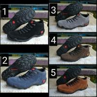 harga Sepatu Karrimor . Sepatu Gunung. Sepatu Tracking . Sepatu Outdoor Tokopedia.com