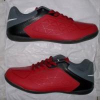 sol ceper,sepatu futsal spin merah