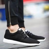 Sepatu Wanita / Sepatu Kets / Sepatu Kets Jaring Hitam