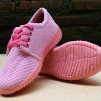 Sepatu Wanita / Sepatu Kets / Sepatu Kets Jaring Pink