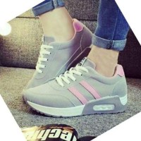 Sepatu Wanita / Sepatu Kets / Sepatu Adidas Kets Abu