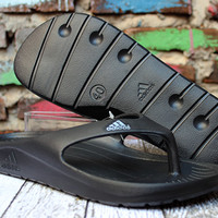 Sandal Adidas Duramo Thong Hitam (Sendal, Selop, Slide, Nike, New Balance)