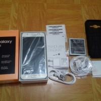 Samsung Galaxy J5 Putih tipe SM 7500G/DS Gress