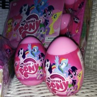 Surprise Egg, Mainan Telor My Little Pony, Figure Little Pony + Stiker