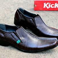 Sepatu Kerja Kantor Formal Pria Kickers Pantofel Kulit Coklat Baru