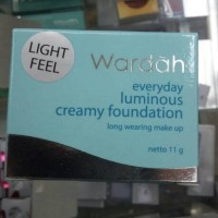 WARDAH CREAMY FOUNDATION 11gr light feel