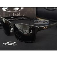 Holbrook Titanium Black (kacamata lensa polarized fullset frame besi)