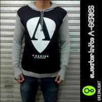 Sweater Rajut Ariel NOAH Greenlight -  A series