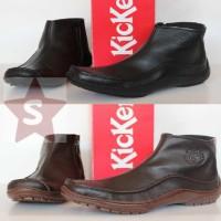 Sepatu Pria Pantofel Boot Kickers 0999 Resleting / Kulit