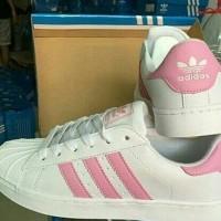 Sepatu Kets Olahraga Wanita Murah / Sepatu Cewek / Sepatu Sneakers