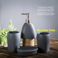 Set Perlengkapan Kamar Mandi Keramik Elegan Hitam Abu2 Modern Bathroom