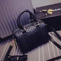 UT1435 tas import / tas korea / sling bag