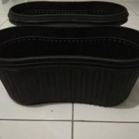 harga Pot Plastik Oval Panjang Hitam Tanam Bunga, Tanaman Hias, dll Tokopedia.com