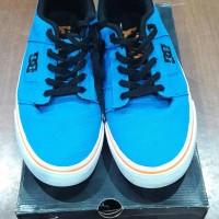 Sepatu dc shoes size 42