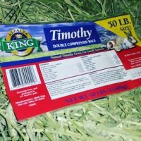 Timothy Hay Merk Alfalfa King repack 1kg makanan kelinci marmut gp dll