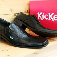 Sepatu Pantofel Kickers Tali Kerja Pria Hitam u/ pria wanita unisex ca