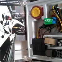 ALARM MOTOR + REMOTE Vinix + Baterai