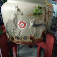harga guci galon,guci keramik,guci tempat air minum motif emboos Tokopedia.com