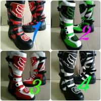 harga sepatu boots cross fox alpinestars anak cowok cewek touring Tokopedia.com