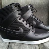 sepatu wanita nike hitam sneaker wedges hak zumba