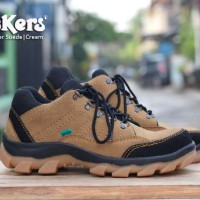 Sepatu Pria Kickers Gorotex Boots Safety Cream Kulit Suede Tracking