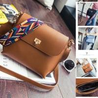 UT1471 tas import / tas korea / sling bag