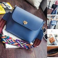 UT1474 tas import / tas korea / sling bag