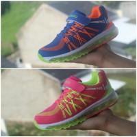 sepatu olahraga , Nike airmax , sepatu lari , sepatu keren