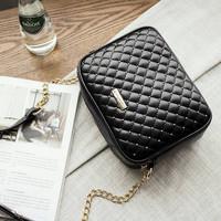 Jual Tas fashion selempang import korea style sling studded bag murah Black Murah