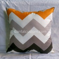 harga Sarung Bantal Sofa Zigzag / Cushion minimalis ukuran 40x40 Tokopedia.com