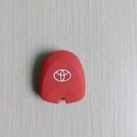 Cover Kunci Toyota Calya Silicon Warna Merah
