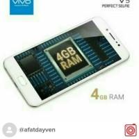 VIVO V5 RAM 4GB PAKET GIFT BOX, GARANSI 2 TAHUN