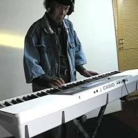 Wk220 bonus stand keyboard ,sustain pedal,sdcard ,boneka casio