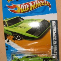 HOT WHEELS PLYMOUTH SUPERBIRD MOPAR '12