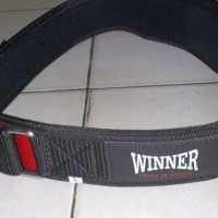 tali pinggang/sabuk angkat beban/besi/barbell/weight lifting belt