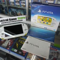 PS Vita Slim Console Refurbished CFW 32GB Full Game