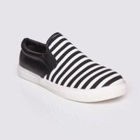 Jual Sepatu Wanita Slip On Black by Adorable JJ (07886225) Murah